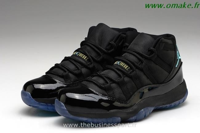 Jordan 11 Retro Low Noir