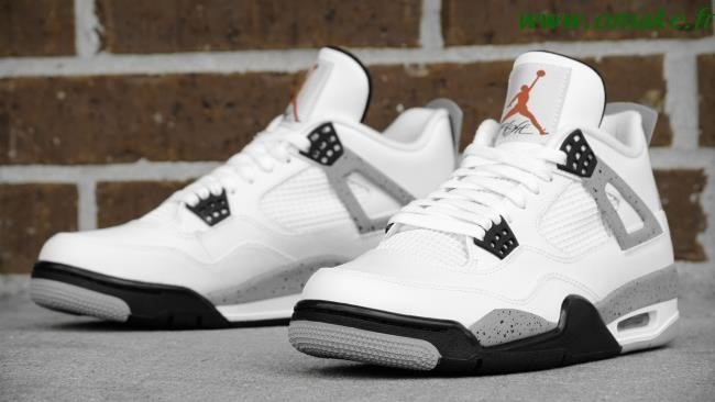 Jordan Retro 4 White Cement Footlocker